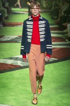 64d47cf9f518 Gucci Spring 2017 Menswear Fashion Show