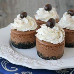 Kahlua Cheesecake, Pumpkin Cheesecake Recipes, Cupcake Recipes, Cupcake Cakes, Cupcakes, Cheesecake Bites, Cooker Cheesecake, Apple Cheesecake, Mini Cakes