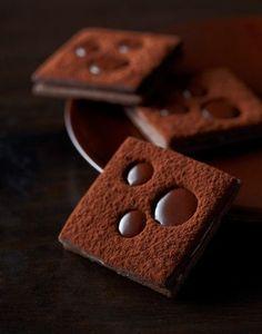 Chocolate pastry by Christophe Felder Chocolate Dreams, I Love Chocolate, Chocolate Heaven, Chocolate Shop, Chocolate Art, Chocolate Lovers, Chocolate Desserts, Chocolate Pastry, Chocolate Brown
