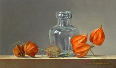 Stilleven met flesje en lampionnetjes, 15 x 25 cm, olieverf op paneel