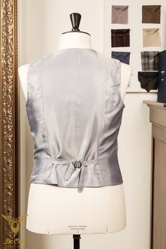 Handmade silver-grey 6-button double breasted waistcoat with peak lapels. 10