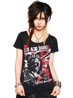 QUEEN Round Neck T-Shirt available at http://www.cdjapan.co.jp/apparel/new_arrival.html?brand=SPT