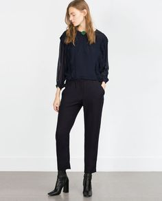 ZARA - WOMAN - LOOSE FIT TROUSERS WITH BUCKLE AND POCKET