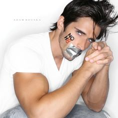 Brandon Beemer - Actor - See more: http://www.noh8campaign.com/photo-gallery/familiar-faces-part-3/photo/...
