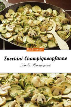 Schnelles Pfannengericht mit Champignons und Zucchini. Das perfekte Abendessen | eatsmarter.de #zucchini #lowcarb #rezept