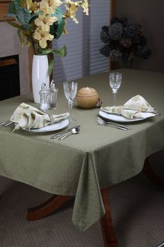 Woodland Green  Rectangle Table Cloth  57 X 89 by TableTraditions Donated a similar table cloth, cloth napkins and runners for the FFCS raffle! https://www.etsy.com/shop/TableTraditions