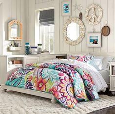 Teen bedroom #pbteen. the bedding is cute.