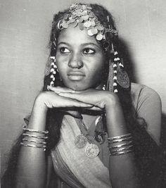 #sudan #culture #sudanesewoman #wonkyeye #unimpressed