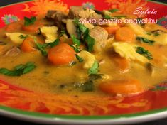 Sylvia Gasztro Angyal: Favágó leves Thai Red Curry, Ethnic Recipes, Food, Eten, Meals, Diet