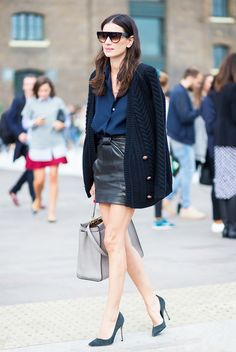 One of my current fashion crush is Leila Yavari, Stylebop's fashion director. I like how her outfits look stylish but not too over the top. all pictures via style du monde website Street Look, Street Chic, Street Style Blog, I Love Fashion, Fashion Photo, Autumn Fashion, Fashion Looks, Style Fashion, Petite Fashion