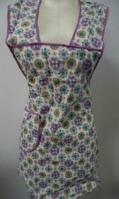 Vintage Full Apron with Front Pocket Purple & Turquoise Floral Cotton Fabric  Follow PFANTASTIC PFINDS on Facebook!