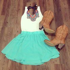i like the outfit