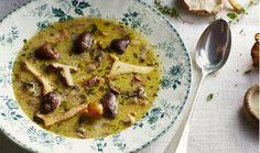Kirsten: 'Overal in huis geurt deze heerlijke rijke soep, die fantastisch combineert met een glas droge sherry'