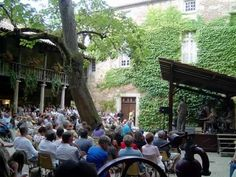 @Dordogne Jazz Summer School Bergerac - Maison du Vin  #BeautifulFrance @BeautifulFrance @BeautifulFrance @photoworkshops1 pic.twitter.com/D3nY8dfPB1