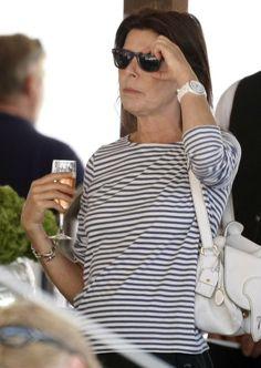 Princess Caroline of Monaco Monaco Princess, Princess Leia, Chic Over 50, Monaco Royal Family, Charlotte, Black And White Colour, Grace Kelly, How To Look Pretty, Retro Fashion