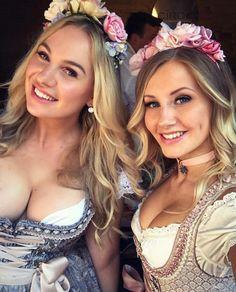 German Girls, German Women, Octoberfest Girls, Gorgeous Women, Amazing Women, Drindl Dress, Beer Maid, Oktoberfest Costume, Pin Up