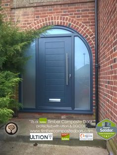 Every Solidor Timber Composite Door comes fitted as standard with Ultion 3 Star Diamond Sold Secure Locks, fully fitted with 12 months Credit Arched Front Door, Grey Front Doors, Arched Doors, House Front Door, Front Door Colors, Glass Front Door, Arched Windows, House Entrance, Entrance Doors