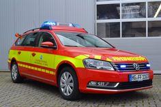 design112 - Feuerwehr Bad Homburg - Kdow VW Passat Linienmarkierung Gaps…