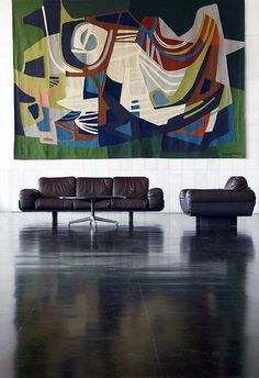 Leather chairs by Oscar Niemeyer