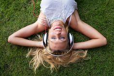 Son zamanlarda en fazla hangi şarkıyı dinlemekten keyif alıyorsun? @Albidi #albidi