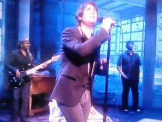 Bruce Lorne @Bruce Lorne 2m The View, @Josh Groban, #tightpants   What an amazing..appearance!
