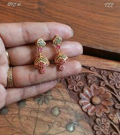 Ruby Necklace, Necklace Set, Drop Earrings, Gold Jewellery Design, Gold Jewelry, Pakistani Bridal Makeup, Golden Earrings, Gold Ornaments, India Jewelry