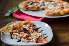 Balsamic Steak, Roasted Red Pepper and Goat Cheese Pizza from Pink Parsley