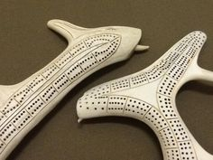Inuit made caribou antler cribbage, photo by Damien Iquallaq