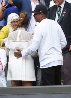 Pin for Later: Beyoncé and Jay Z Have a Winning Date at Wimbledon