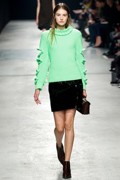 Christopher Kane   Fall 2014 Ready-to-Wear Collection   Style.com#10