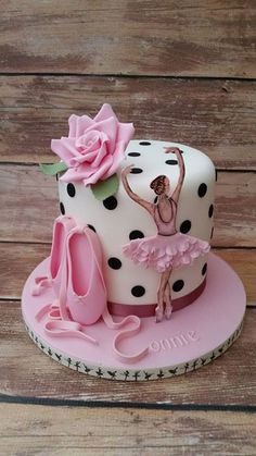 Ballet and Ballerina cake - Geburtstagskuchen und -torten -Pretty Ballet and Ballerina cake - Geburtstagskuchen und -torten - Ballet Cakes, Dance Cakes, Ballerina Cakes, Ballerina Birthday, Pretty Cakes, Beautiful Cakes, Amazing Cakes, First Birthday Cakes, Birthday Cake Girls
