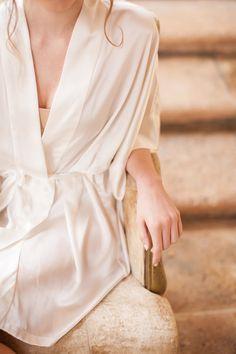 Image of Samantha Silk Kimono Bridal Robe Bridesmaids Robes in Ivory - style 300