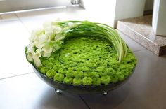 groene schaal met callas