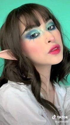 Makeup Inspo, Makeup Ideas, Androgynous Makeup, Doll Eye Makeup, Smoky Eye Makeup Tutorial, Alternative Makeup, Creative Makeup Looks, Kawaii Girl, Special Effects