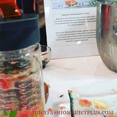 Water experiment  #jpbright15 #onesimplechange #oscfan #water_perfection #grapefruit #juicepluslifestyle #brightonandhove #iphonefoto