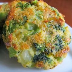 Baked Cheese & Broccoli Patties - Quick to throw together and awesome in a veggy and cheesey way- a sneaky way to get the kids to eat their veggies and since they are baked and not fried (even tho they taste like it), they are healthy also! ..
