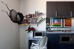 The Cullen [hotel] - Boutique Accommodation in Melbourne | Street Art Suite