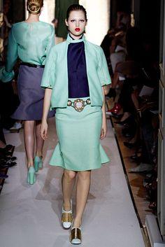 quality design c961e f272e Saint Laurent Spring 2012 Ready-to-Wear Fashion Show - Anais Pouliot (Elite