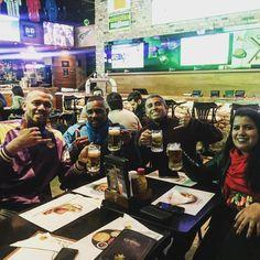 Vamos comemorar a vitória do Mengão. #FlaManguaça #TFM21Anos #EmbriagadospeloMengão #Desde95 #Beer #instabeer #cerveja #instacerveja #friends #amigosqueoflamengomedeu #nuncafizamigosbebendoleite