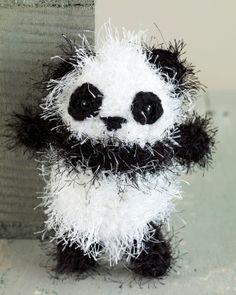 Free Crochet Pattern: Amigurumi Panda