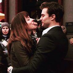"""Me and Dakota are friends forever-Jamie"" ❤️❤️❤️ #jamiedornan #christiangrey #AnastasiaSteele #fiftyshades #dakotajohnson #fiftyshadesfreed #fiftyshadesdarker"