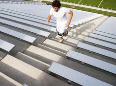 How to Train for a Stair Climbing Race Climbing Stairs Workout, Stair Climbing, Hiit, Cardio, Lunges With Weights, Bone Strength, Hiking Essentials, Lose Inches, Race Training