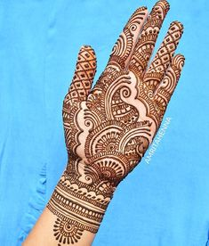 Here are stylish Choose the best.beautifulf front hands Mehndi designs # Full Hands Mehndi Designs For Bridals Dulhan Mehndi Designs Henna Hand Designs, Mehndi Designs Finger, Peacock Mehndi Designs, Indian Henna Designs, Full Hand Mehndi Designs, Mehndi Designs 2018, Modern Mehndi Designs, Mehndi Design Pictures, Wedding Mehndi Designs