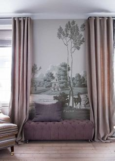 Grey installed wallpaper panel with hunting scene from Gournay, Tapet-Café, DK