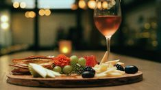 Phlox Commons is the perfect spot to wind down the workweek. San Francisco Restaurants, Served Up, Dishes, Dining, Food, Dinner, Plate, Essen, Utensils