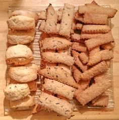 Canistrelli Corse au Thermomix My Favorite Food, Favorite Recipes, Cuisine Diverse, Thermomix Desserts, Cooking Chef, Biscuit Cookies, French Food, Pavlova, Biscotti