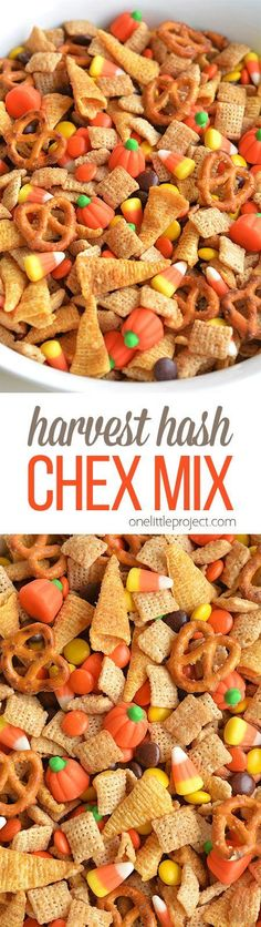 This Halloween harvest hash Chex mix is the PERFECT combination of sweet and salty. It tastes soooo good! It would be awesome for a Halloween party or even Thanksgiving! This harvest hash chex mix is the PERFECT combination of sweet, salty and crunchy! Halloween Party Snacks, Snacks Für Party, Halloween Cupcakes, Halloween Office, Halloween Halloween, Halloween Recipe, Halloween Decorations, Party Appetizers, Halloween Costumes