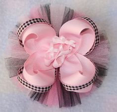 Collection of Free Hair Bows Instructions Homemade Hair Bows, Diy Hair Bows, Diy Bow, Hair Ribbons, Ribbon Bows, Barrettes, Hairbows, Hair Bow Tutorial, Hair Decorations