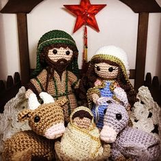 Crochet Christmas Decorations, Christmas Crafts, Christmas Ornaments, Crochet Stitches Patterns, Stitch Patterns, Diy Nativity, Christmas Knitting, Crochet Dolls, All Things Christmas