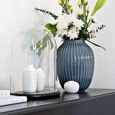 Elegant und gleichzeitig mega angesagt: Die Vase Hammershøi von @kahlerdesign. Jetzt über unseren Link in der Bio im Sale entdecken! @stilreichblog #WestwingSales #Westwing #InspirationEveryDay